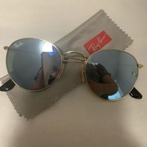 Authentic round lense ray bans blue!